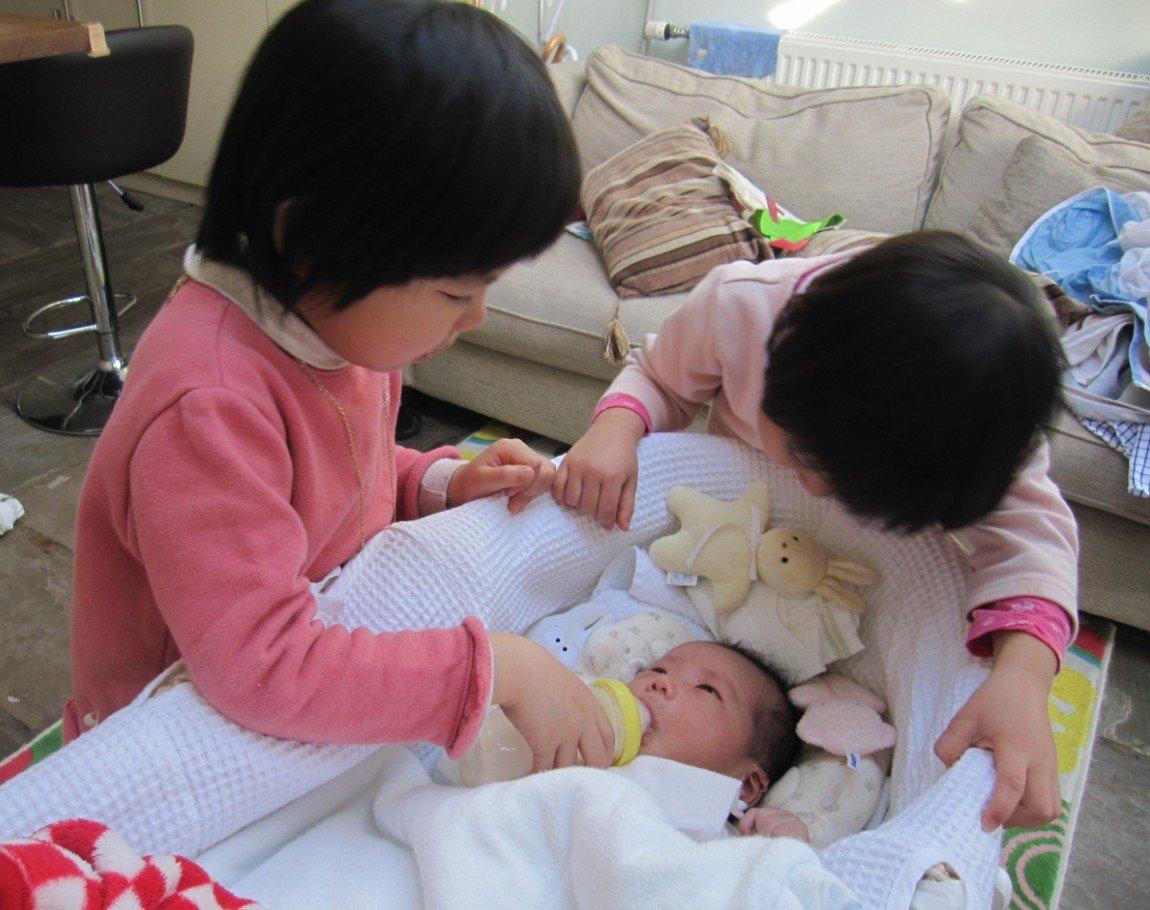 子供3人。東京に来てみると4LDKの家探しは資金面で大変です(とほほ)。