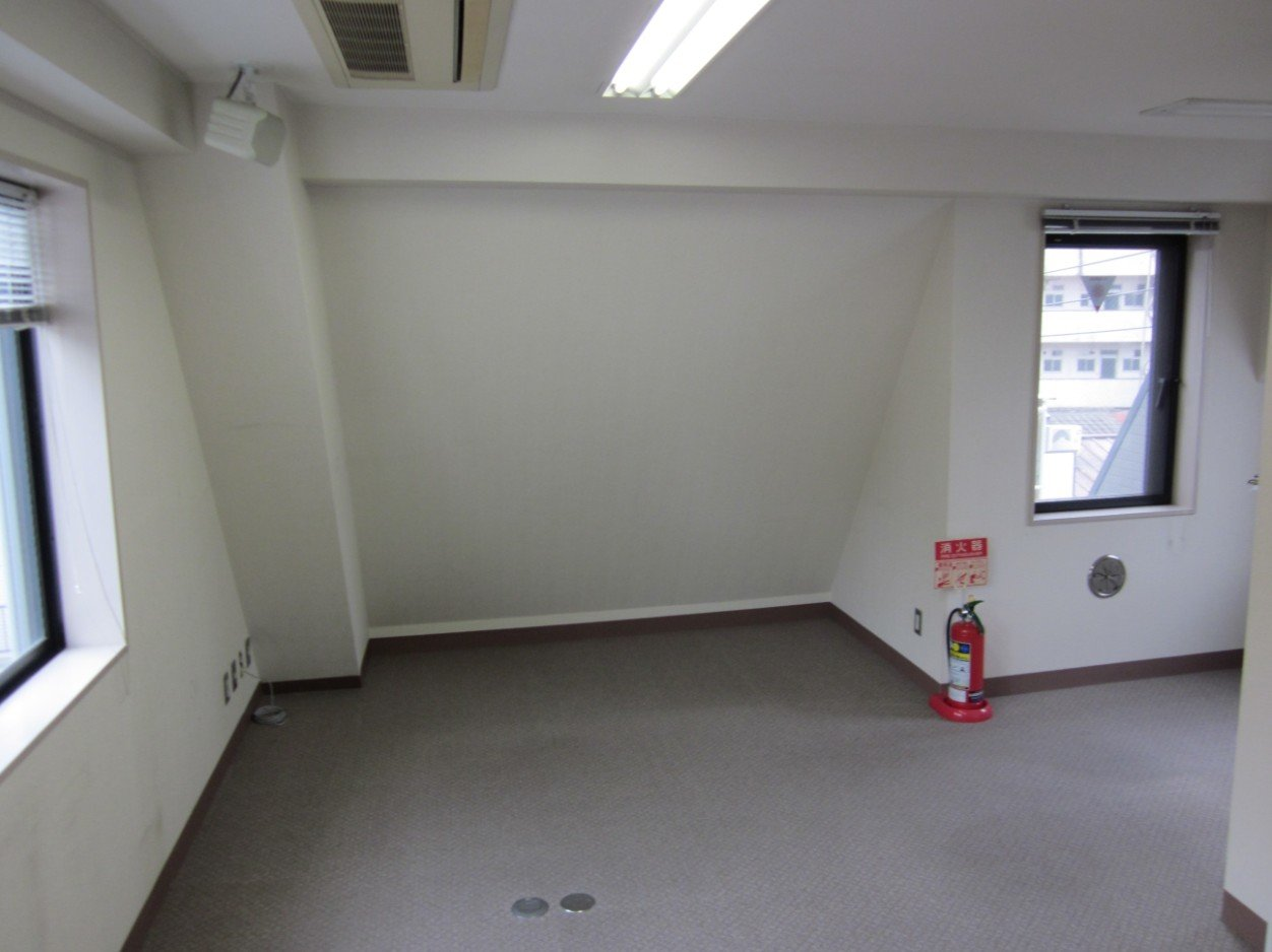 全オーナーは4階を「社長室」として使われていたと伺っています。