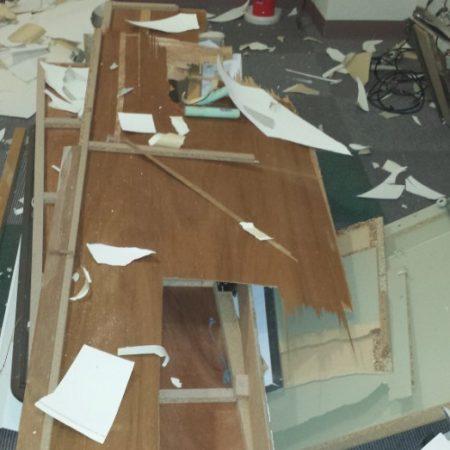 (86)2階トイレ・天井等の内装解体費用と状況写真/中古ビルのフルリノベーション