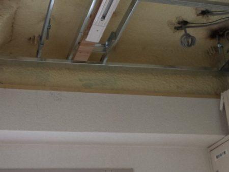 (104)ライティングレール(ダクトレール)とスポットライトの天井取り付け工事施工例と費用@4階二重天井