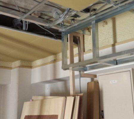 (126)吸排気筒(パイプ)の位置と造作玄関