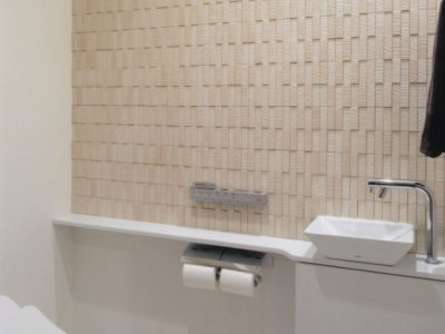 (188)トイレのリノベーション(リフォーム)。幼児にも優しい幅110cmのトイレ